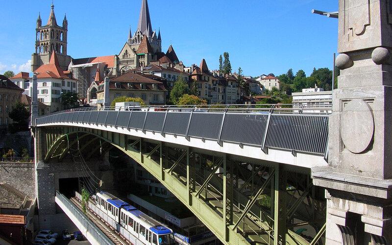 Trains to Lausanne | Centre
