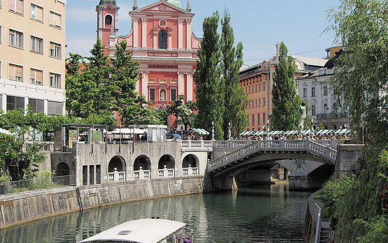 Travel around Ljubljana by train - All train tickets and rail passes