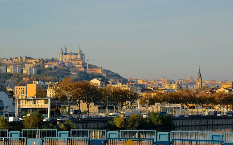 Trains to & from Lyon | Lyon on the river