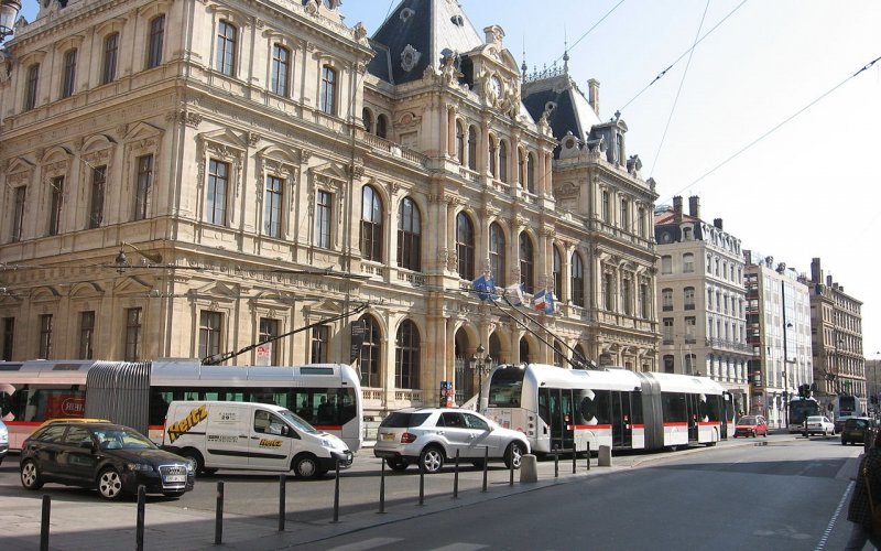 Trains to & from Lyon | Lyon old town