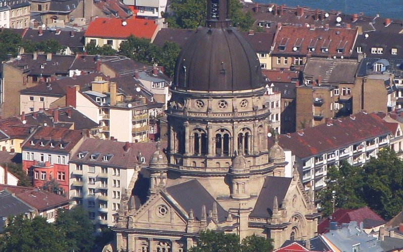 Trains to & from Mainz   Aerial view over Mainz