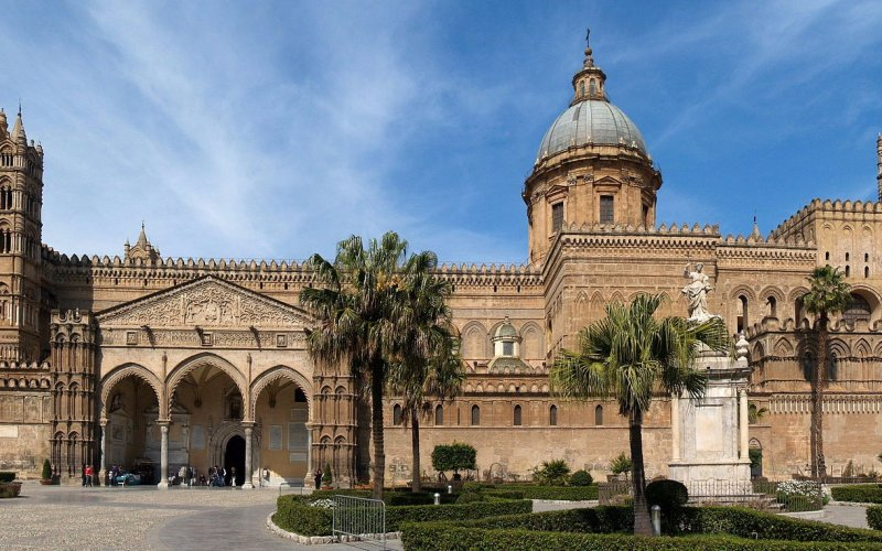 Trains to & from Palermo | Palermo architecture