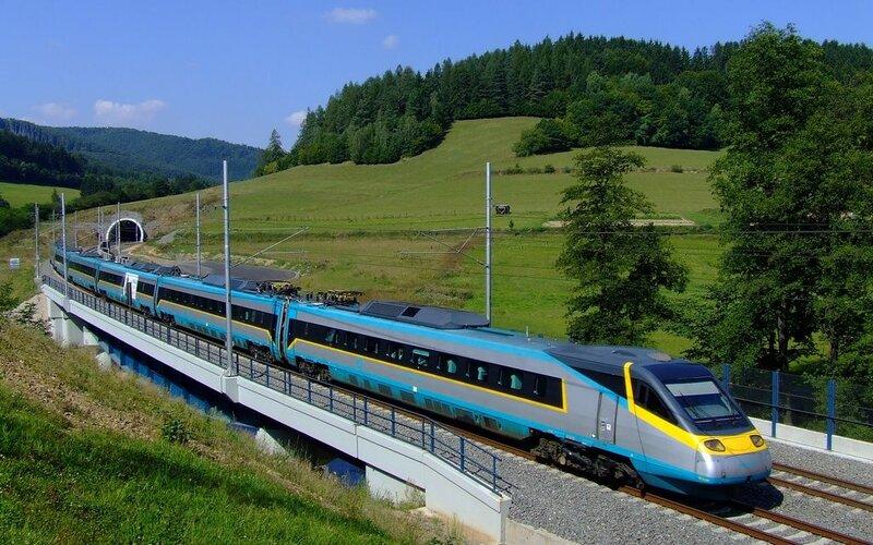 SuperCity Pendolino Czech Republic | Trains in Czech Republic | Pendolino on it's way to the final destination
