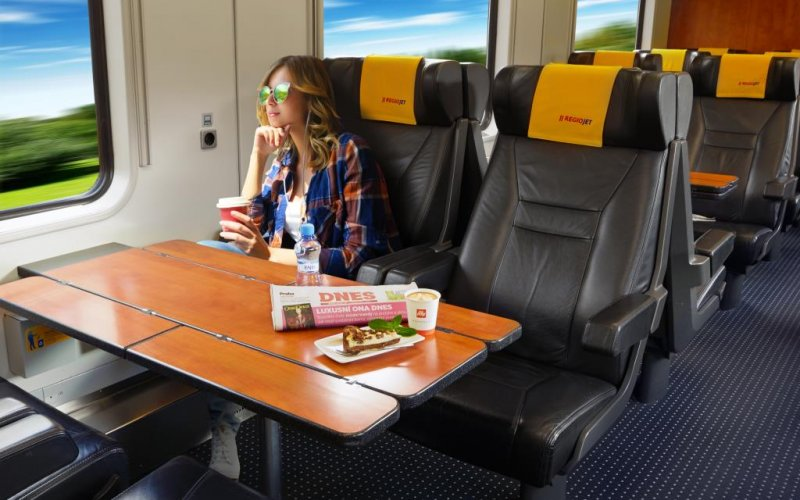 Trains Breclav to Prague | Relax Class on board Regiojet