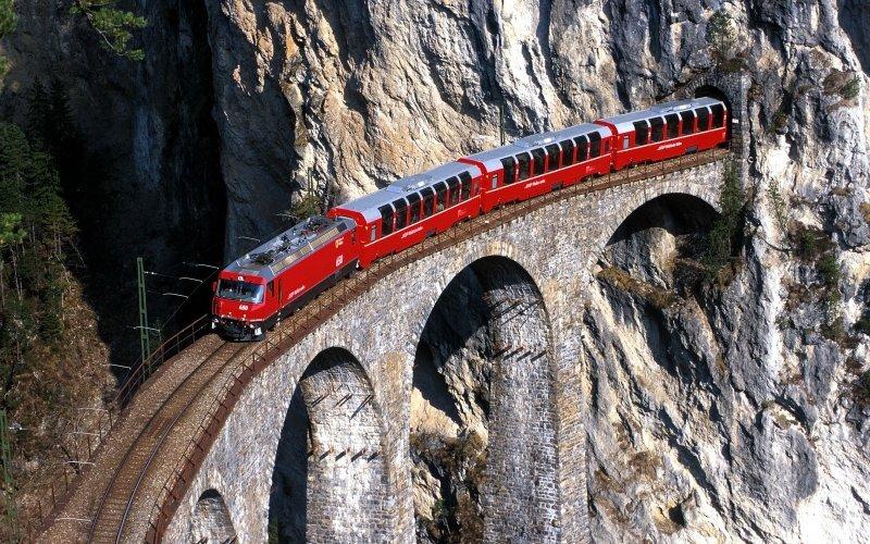 Trains to Chur - Bernina Express