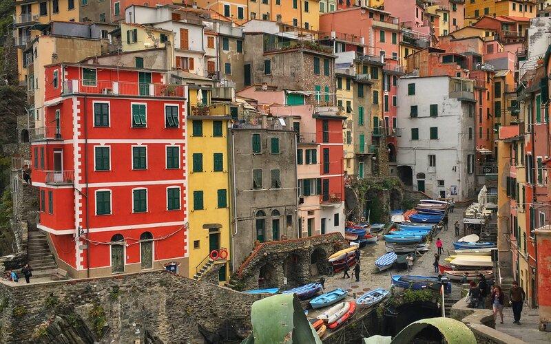 Trains to & from La Spezia   Gateway to Cinque Terre