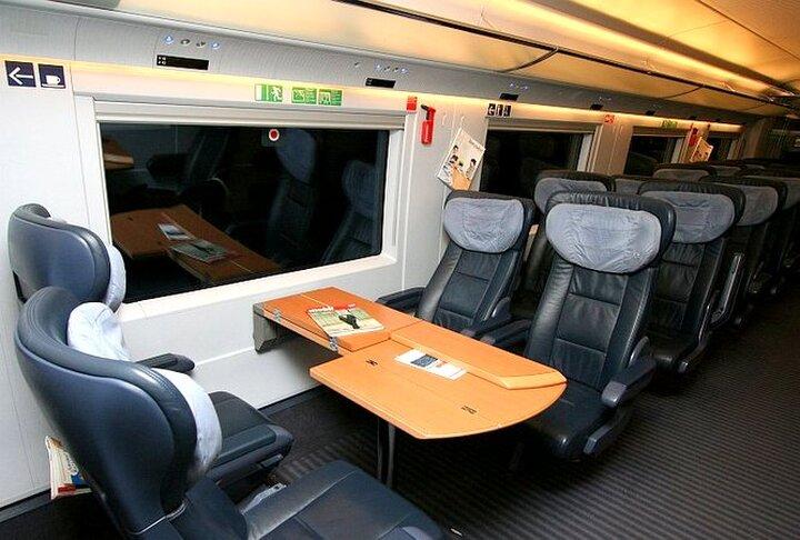 Sapsan | Trains in Russia | Interior Premium Class
