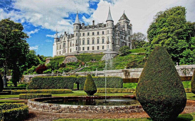 Scotland by train | Dunrobin Castle