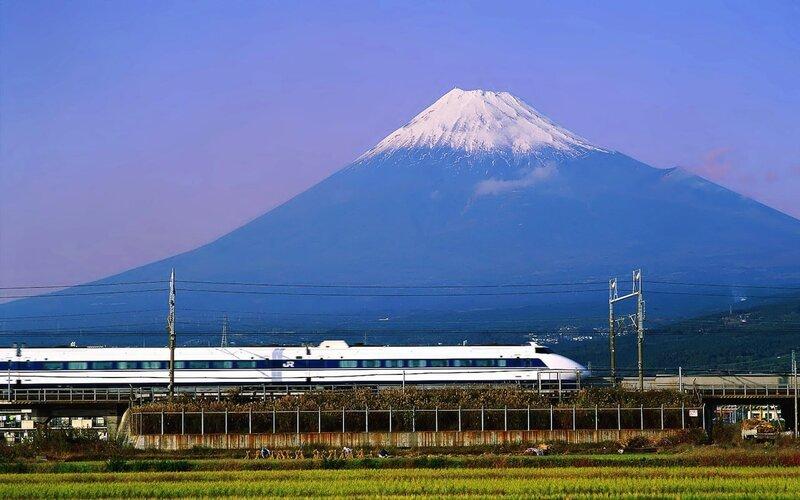 Shinkansen | High-speed train Japan: Mount Fuji