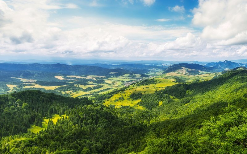 Visit Slovakia by train - All train tickets and rail passes