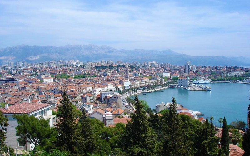 Visit Split by train - All train tickets and rail passes