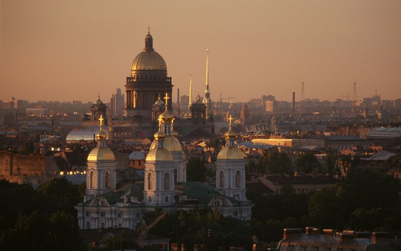 Trains to & from St Petersburg | Birds eye view of St Petersburg
