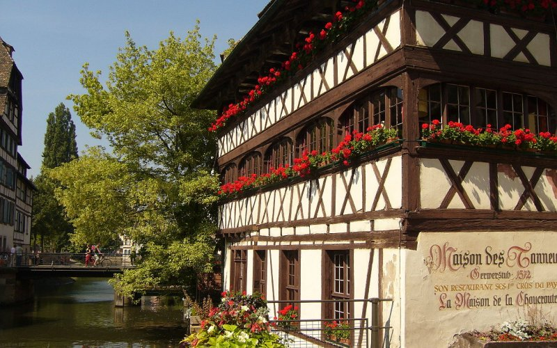 Trains to & from Strasbourg | City centre