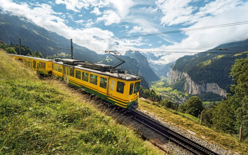 Trains in Switzerland | Swiss Travel Pass | Train in Swiss Alps