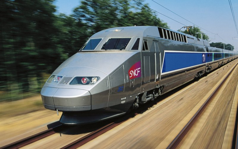 TGV | Trains in France | TGV en route through France