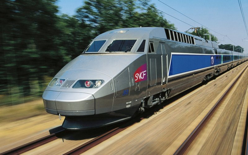 Trains to & from Lille | TGV on its way to one of Lille's train stations