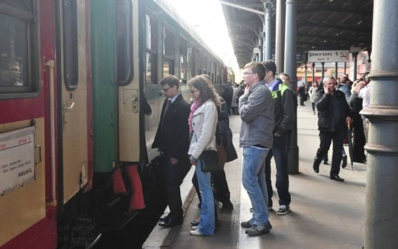 TLK Poland | Trains in Poland | Train ready for departure from the station