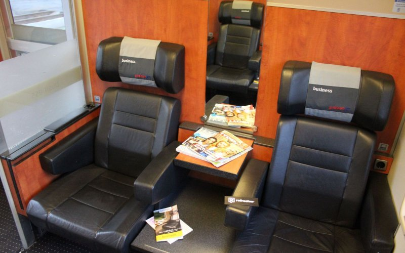 Trains Prague to Vienna - Regiojet Business Class