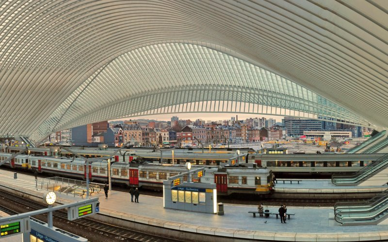 NMBS / b-Europe - Station Liege