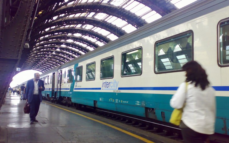 InterCity Italy | Trains in Italy | InterCity ready for departure from Milan