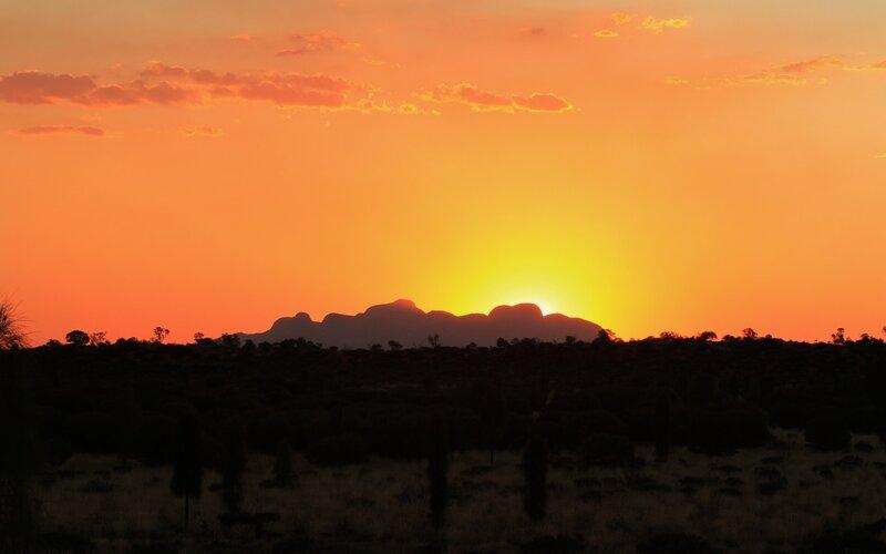 Train to Uluru - Ayers Rock - All train tickets and rail passes