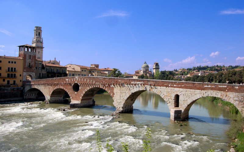 Trains to & from Verona | River flowing through Verona