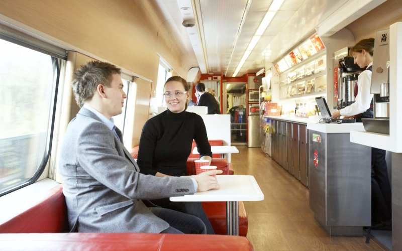 X2000 | Trains in Sweden | bistro interior