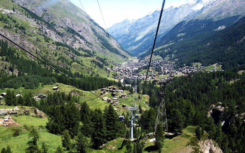 Trains to & from Zermatt | Cable car