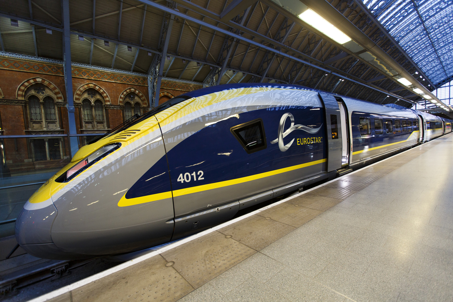 Trains London To Paris Cheap Eurostar Tickets Happyrail